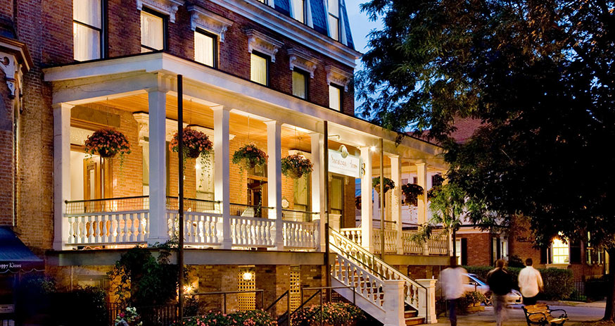Saratoga Springs NY Hotel :: Top Rated Inn & Bed and Breakfast