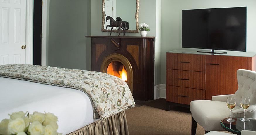 Saratoga_Arms-Rooms-201-03