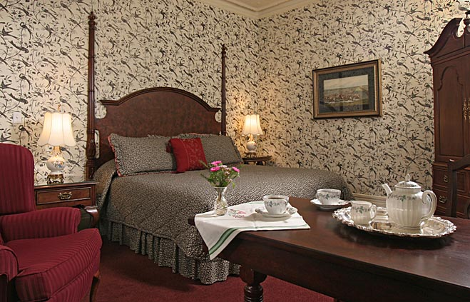 Saratoga Springs Lodging