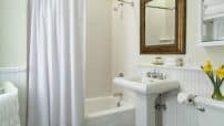 Updated bathrooms at our Saratoga Springs Inn