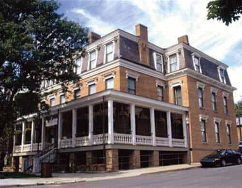 Places to Stay in Saratoga Springs, NY - Saratoga Arms Hotel Exterior