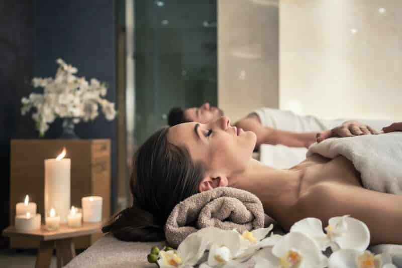 Couples Massage in a Saratoga Spa